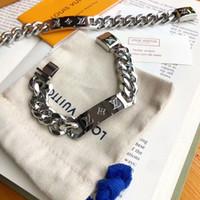 titan charme armbänder großhandel-Neue heiße marke designer armband für frauen damen titanium stahl mode armband für frauen und männer guccy schmuck armbänder