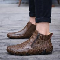 Moda Calda qualità degli uomini di pelle stivali invernali caldo scarpe casual uomo calzature cerniera maschile caviglia stivali neri taglia grande 47