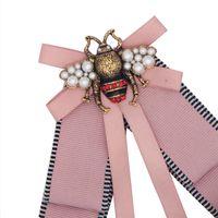 arı partisi dekorasyonları toptan satış-Moda Sevimli Küçük Arı Broşlar Çizgili Kadınlar Tasarımcı Pin Vintage Rhinestone Broş Düğün Centerpieces Parti Dekorasyon