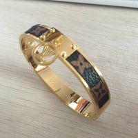 lederarmbänder für männer großhandel-USA europäische größe marke schmuck edelstahl pulseira armband armreif 18 karat gold silber rose vergoldet leder armband für frauen männer