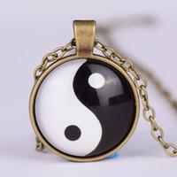 tai chi yin yang anhänger halskette großhandel-Europäische und amerikanische Art und Weiseweinleselegierungshalskette Yin Yang Tai Chi Bagua Diagrammzeit-Edelsteinanhänger-Halskettengroßverkauf HEISSER VERKAUF