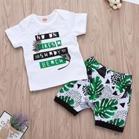 ropa de playa de vacaciones al por mayor-Summer Beach Vacation Kids Kids Baby Boy ropa Set 2 unids Boy letra de impresión de manga corta de algodón camiseta + pantalones cortos tropicales pantalones trajes