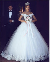 Wholesale wedding dress puffy shoulders for sale - Group buy 2020 New Arabic Ball Gown Wedding Dresses Off Shoulder Sweetheart Lace Appliques Beaded Puffy Tulle Floor Length Plus Size Bridal Gowns