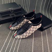 ingrosso mocassini sciopero uomini-2018 Nuovi uomini di stile mocassini Designer di lusso Slip On Mens scarpe fannullone italiano marchio abito mocassini uomo mocassini scarpe