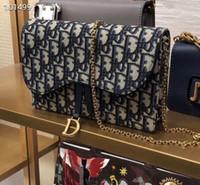 rozet zincirleri toptan satış-Kadınlar kullanımlık çanta Çanta 2019 Yeni Desen Taşınabilir Küçük Kare Paket Messenger Rozeti Zincir Paket crossbody çantalar sling # 030