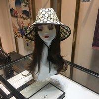 hochwertige strohhüte großhandel-2019 Luxuries Designer Top Hut Strohmützen Damenmode Cappelli Firmati Frühjahr und Sommer neue hochwertige Sonnenhut G-004