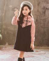 bebek bayan süveter tutu toptan satış-Bebek Kız Pamuk Örme Romper Uzun Kollu Yuvarlak Boyun Tatlı Aşk Baskılı Yün Kazak Çocuklar Tasarımcı Kazak Bebek Yumuşak Kıyafetler