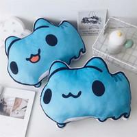 almohadas anime gato al por mayor-Almohada rellena de Anime Bugcat Capoo Cosplay Gato azul Juguetes de peluche lindos decoración para el hogar cojín