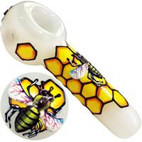 rauchen pfeifen kostenloser versand großhandel-Schöne 3D-Glaspfeifen Bienenwaben Rauchen Dogo Glas Löffel Rohre für Tabakpfeifen Bongs Tabak Für Kawumm Kostenloser Versand