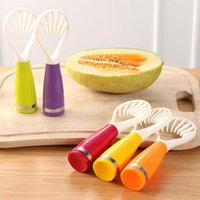 Wholesale fruit spoon cutter for sale - Group buy Plastic Fruit Cutter Into Strips Spoon Fruit Vegetable Tool Kitchen Multi function Pitaya Fruit Spoon Removal Seed Corers Knife BH0810 TQQ