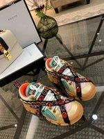 zapatos de trekking de cuero para hombre al por mayor-2019 Botas de trekking con cordones de cuero para antes de la caída y botas altas para montar en la montaña Zapatos de escalada de montaña para hombres, mujeres Zapatillas de deporte de cuero genuino Casual 7875