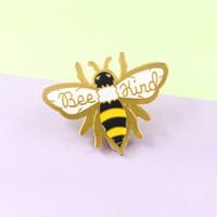 broche de insectos al por mayor-Broche de oro abeja insectos Panal ABEJA TIPO Broche de las chaquetas del suéter de los regalos de joyería linda de los hombres insignia y de las mujeres de los niños