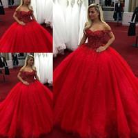 kırmızı quinceanera elbise dantel toptan satış-Kırmızı 2019 Balo Quinceanera Gelinlik Modelleri Kapalı Omuz Boncuk Kristaller Lace Up Tatlı 16 Elbiseler vestidos de Abiye giyim