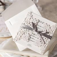ingrosso pizzo stampabile-Carta dell'invito di nozze di pizzo vuoto personalizzabile con carte stampabili gratis forniture Stampe a lamina di metallo Inviti di nozze taglio laser