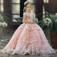 corsé rosa para niños al por mayor-Cute Pink Lace 2019 Flower Girls Vestidos Jewel Neck Beaded 3D Floral Appliqued Toddler Pageant Dress Corset Volver Niños Vestidos de baile