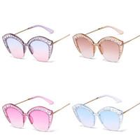 Wholesale sunglasses set resale online - Set In Drill Women Sunglasses Cat Eye Metal Frame Sunglass Ultraviolet Proof Eyeglass Bardian Fashion Popular Holiday xv D1