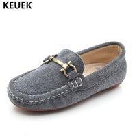 zapatos genuinos de cuero nobuck al por mayor-Nuevo estilo británico de cuero nobuck zapatos para niños mocasines niños niñas zapatos de cuero genuino niños vestido plano ocasional del bebé 041