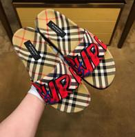 sandal çift toptan satış-Yepyeni 2019 Büyük Boy Erkekler Çift Sandalet moda yumuşak Terlik Ayakkabı Çevirme Slayt Moda Tasarımcısı Ücretsiz Kargo