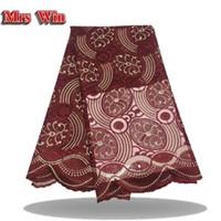 yd stoff großhandel-Neu eingetroffenes 5 yd / bag hochwertiges, lasergeschnittenes afrikanisches Spitzegewebe aus reinem rotem Partykleid aus Spitze mit Schneidlaser