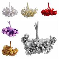 ingrosso torte nuziali artificiali-10pcs 12mm stami di perle artificiali fiore piccole bacche bouquet di ciliegie per la festa nuziale decorazione della casa corone di scatole per torte fai da te