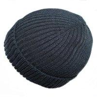 ingrosso scuri neri-Berretti invernali Cappelli Uomo Donna Cappellino Skullies lavorato a maglia solido Cappello da donna nero maschio