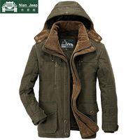 ingrosso giacca invernale jeep-AFS JEEP Marca Spesso parka invernali Uomini Plus Size 5XL 6XL cotone uomini giacca calda militare multi-tasca parka Hombre Invierno S18101803