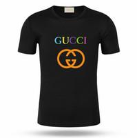 ropa de color al por mayor-Camiseta clásica de diseñador de la marca de Italia. Ropa a juego. Diseño de color arco iris. Camisetas casual para hombres.