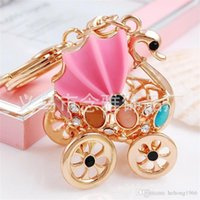 Wholesale birthday car decorations for sale - Group buy New Swan Diamond Insert Package Lovely Key Buckle Chain Car Pendant Resin Baby Charm Wedding Decoration Easy To Use ny
