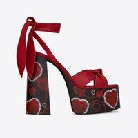 ingrosso spessi abiti da sposa in cinghia-Designer spessa Tacchi alti Donne Gladiator Sandals Cuore Stampa della cinghia della caviglia della piattaforma delle pompe di vestito dalle signore scarpe da sposa