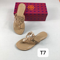 10b62dfdb4a22 2019 European and American sandals Genuine Leather Brand New Shoes Women Thong  Sandals Summer Women Beach Sandals Famous Flip Fllops