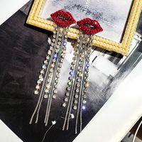botones de labios rojos al por mayor-Mujeres Red Lip Stud Earring Bling Bling Rhinestone Long Tassel Earring for Gift Party Accesorios de joyería de moda