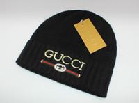 satılık boncuk şapkaları toptan satış-Kış Beanie Mektuplar Mens Womens Ile Kafatası Kapaklar Moda Tasarımcısı Bonnet Sıcak Örme Şapka Sıcak Satış Kış Şapka