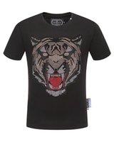 globale kleidung großhandel-Global Sommer neue qp beliebte Luxus-Boutique Herrenbekleidung - hochwertige Baumwolle Modetrend Herren Luxus Rundhals Print T-Shirt.