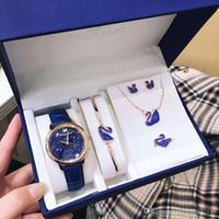brincos colar de pérolas azuis venda por atacado-Conjunto de relógio de grife Conjunto de jóias de diamante de cisne vermelho Conjunto de relógio de cisne Pulseira de colar de brincos de pérola Conjunto de acessórios de moda de diamante azul