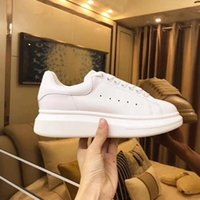 Wholesale black white cream wedding resale online - Luxury Designer Men and Women Sneakers Cheap Best Top Quality Fashion White Leather Platform Shoes Flat Casual Party Wedding Shoes With