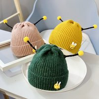 sombrero de abeja de punto al por mayor-Baby Thicken Knitted Hat Lovely Toddler Cartoon Bee Ears Hat Baby regalos para niños de 2 a 5 años