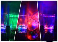 ingrosso bicchierini di plastica ha portato-Colorato Led Cup Lampeggiante Led Led Bicchieri di plastica Luminoso Neon Cup Festa di compleanno Bar notturno Bevanda di nozze Vino Flash Piccola tazza