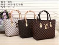 Wholesale wedding handbags free shipping for sale - Group buy New Handbag Men Women Travel Bag Duffle Bag Lage Handbags Capacity Sport Bag CM Louis Vuitton