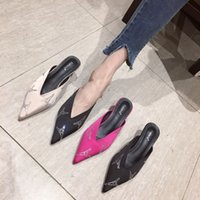 тапочки оптовых-Fascinating2019 Горный хрусталь Sharp Fine с сандалиями Женская обувь All-match Paragraph Woman Slipper