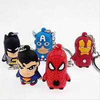 anéis superman para homens venda por atacado-Hot Avenger chaveiro Superman Batman Homem-Aranha Chaveiro Capitão América chaveiros Homem de Ferro dos desenhos animados Chaveiro cadeia de brinquedos macios para crianças