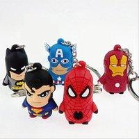 cadenas de batman al por mayor-Hot Avenger llavero Superman Batman Spider-man Llavero Capitán América Llaveros Iron Man dibujos animados Llavero echado a un lado juguetes suaves para niños
