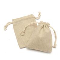 ingrosso mini sacchetti di lino-50 pezzi mini tela sacco di iuta naturale sacco coulisse sacchetti regalo gioielli sacchetto Q190603