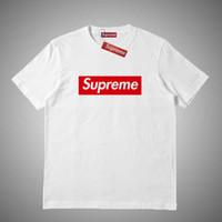 camiseta de los hombres ocasionales al por mayor-Supreme Nueva moda Street wear Europa Moda Hombres Camiseta Camiseta de algodón de alta calidad Casual Mujer Camiseta S-XXL # 465415