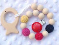 brinquedos crocheting venda por atacado-Chupetas de bebê Mordedores de madeira Cuidados Brinquedos Clipe Manequim Titular Cadeia Dentição Contas de madeira naturais Contas cobertas de crochê Bebê seguro para dentição