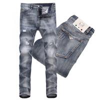 pantalones vaqueros al por mayor-2019 Venta caliente Cool Guy Rip Detallado Faded Jeans Slim Fit Distressed Splatter Accent Whisker Wash