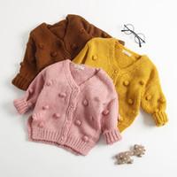 blusas de mão pura venda por atacado-Novo design do bebê menina Malha Cardigan cor pura Feitos À Mão Bola de Bolas Cardigan Camisola Casaco frete grátis