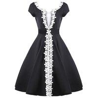 beyaz elbise için dantel süsleme toptan satış-Retro Kadın Elbise Kontrast Renk Siyah ve Beyaz Dantel Dekorasyon Ekleme Backless V Boyun Ince Bel Büyük Hem Elbise