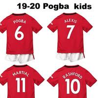kits de fútbol juvenil rojo al por mayor-19 20 Kits para niños # 6 POGBA home rojo Jerseys de fútbol para niños Conjuntos para jóvenes para niños Guardan niños balck uniformes de fútbol # 10 CAMISAS RASHFORD