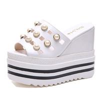sandalias de pastel al por mayor-2019 damas de verano sandalias y zapatillas, cuñas, capa exterior, bizcocho, fondo grueso, flor de perla, sandalias femeninas