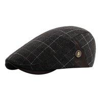 şapkalı şapkalar toptan satış-MUQGEW 2018 YENI Varış Kış Erkekler Ekose Vintage Ajustable Gatsby Peaked Kap Newsboy Bere Şapka erkek kış şapka bonnet femme